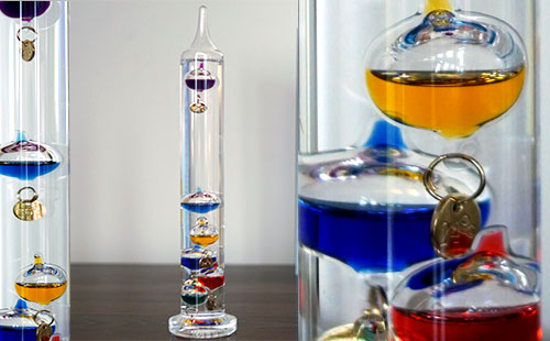 12 Galileo Thermometer